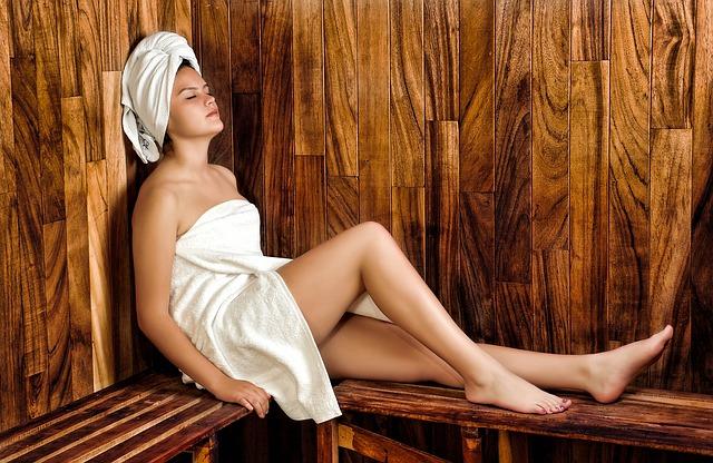 žena, sauna
