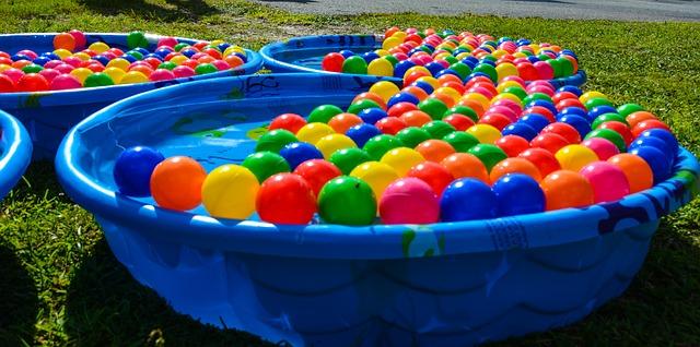 bazénky s balonky