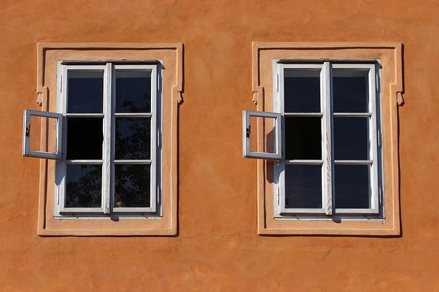otevřená okénka